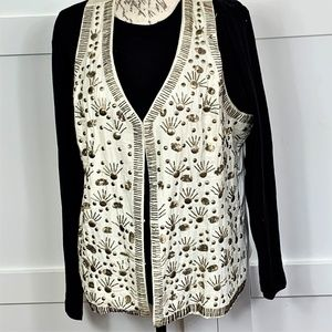 velvet vest with embroidery